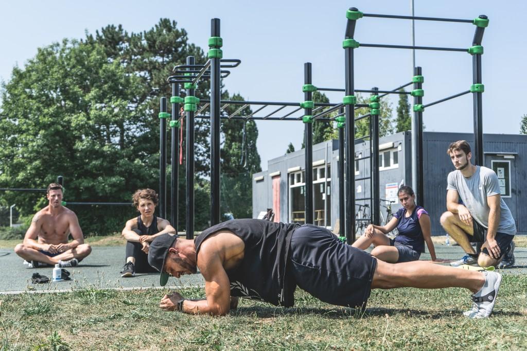 AZ Sports Plank